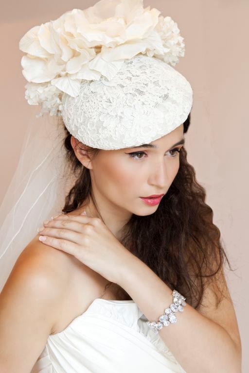 atelier-eva-blanca_maquillage-mariage_227129_10151170550635669_212045812_n